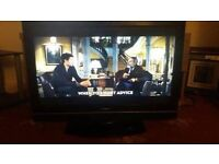 32inch goodmans TV with built-in free view and remote