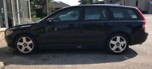 VOLVO V50 T5 BLACK