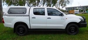 2014 Toyota Hilux KUN26R MY14 SR Double Cab White 5 Speed Automatic Utility Hidden Valley Darwin City Preview