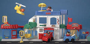 Village Fisher Price Little People