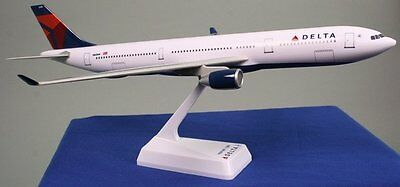 Flight Miniatures Delta Airlines Airbus A330 300 1 200 Scale Model With Stand