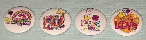 Woodstock 4 Buttons/Pinback Lot SDCC Snoopy/Peanuts Peace & Love Flower Power