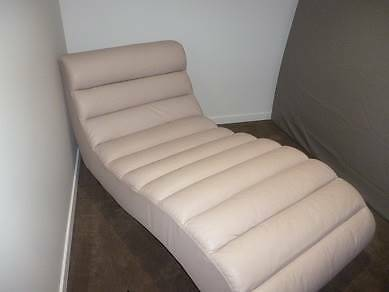 Leather Chaise Lounge - Ivory Mascot Rockdale Area Preview