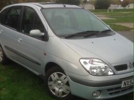 Renault Scenic very low miles for age Years Mot