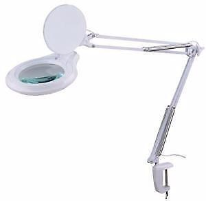 DEL Magnifying lamp 5 X on a clip 79$**NEW**