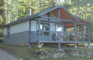 Country Cabins along Athabasca River - Open Year Round
