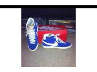 Blue blazers size 7
