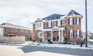 3 Bdr/2.5 Bath home, close to transits/school/sports - Milton