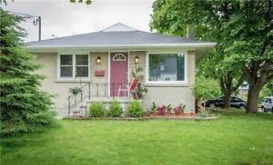 3 Bedroom Main Level Bungalow in Most Sought After Neighbourhood