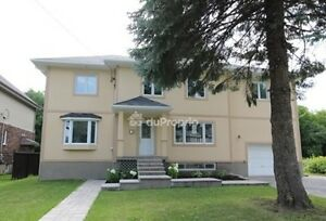 House Pointe Claire Stucco Cottage, Completely Renovated As New,