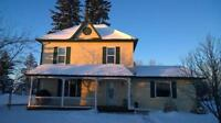Beautiful heritage home in Mountain View County