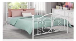 For Sale a Brand New Bombay Queen Platform Bed...................$150 (Bronze)