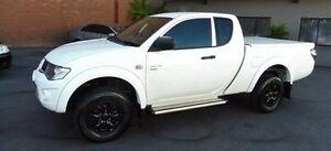 2013 Mitsubishi Triton MN MY14 GLX Club Cab White 5 Speed Manual Utility Lilydale Yarra Ranges Preview
