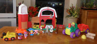 FERME-ANIMAUX- FISHER- Price- SONS-gros tracteur, 30 mcx, 30$