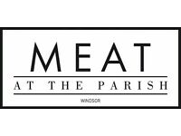 WAITING & BAR STAFF REQUIRED FOR STEAKHOUSE IN WINDSOR - FULL & PART TIME POSITIONS AVAILABLE!