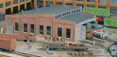 3041 Walthers Cornerstone Three 3 Stall Roundhouse HO Scale