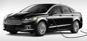 Ford Fusion Energi Electric/ Hybride avec borne et 8 pneus