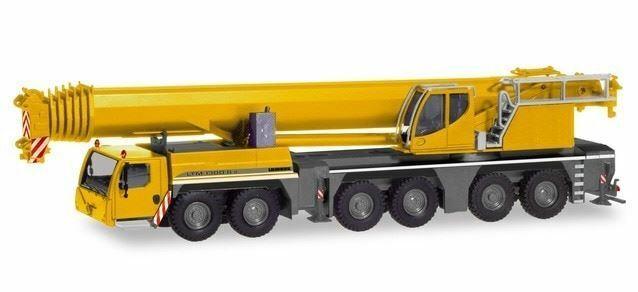 HO 1:87 Herpa # 310338 Liebherr Crane 1300-6.2 Mobile Rubber Tired Crane