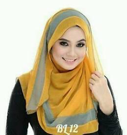 square cotton scarf 117cm x 117cm