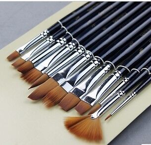 12 Pcs Painting Brushes Different Kinds for Acrylic Oil Watercolors on Rummage
