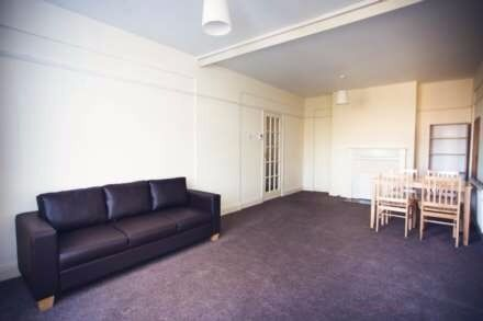 £0 agency fees!!!Fantastic One Bedroom Flat, BALHAM, spacious, bright, comfortable, AVAILABLE NOW!!!