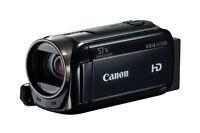 Canon VIXIA HF R500 1080 HD Camcorder + Video Essentials Kit