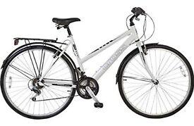 Barely used ladies hybrid Cross bike