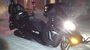 ski-doo  brp Grand Touring LE