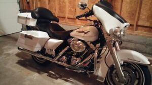 2007 Harley Davidson Road King in excellent condition