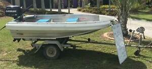250 Explorer Quintrex Tinnie 2016 & 6hp 4 Stoke Evinrude O/B 2013 Helensvale Gold Coast North Preview
