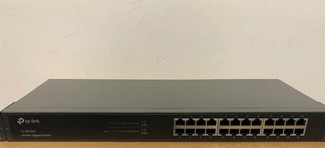 TP-LINK - 24 Port Gigabit Rack Mount Network Switch 10/100/1000 Mbps - TL-SG1024