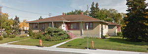 SxS Duplex~~10,603 sqft Lot~~~North Glenora