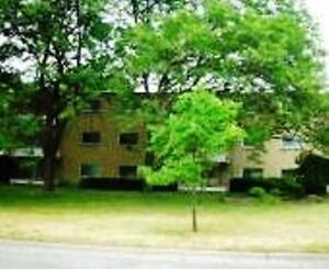 Rarely available, 2 bedroom in a great building, great location!