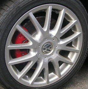 "Volkswagen OEM 17""alloy wheels/tires225/45R17 5x112 Bolt Pattern"