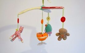 Mamma's and Pappas gingerbread cot mobile