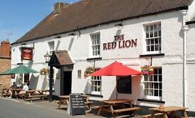 KITCHEN PORTER / COMMIS CHEF REQUIRED FOR BEAUTIFUL COUNTRY PUB IN RURAL GLOUCESTERSHIRE