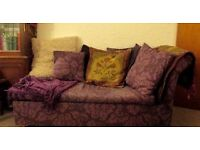 Chaise Style Sofa Bed Good condition. metal action.