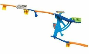 Hot wheels wall track set