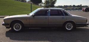 1987 Jaguar XJ6 chrome Sedan