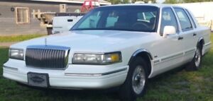 Lincoln Town Car Signature 1995