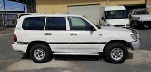 1998 Toyota Landcruiser HZJ105R (4x4) White 5 Speed Manual 4x4 Wagon Burleigh Heads Gold Coast South Preview