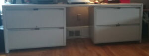 Desk with built in 4 legal size drawers! Great for home office!
