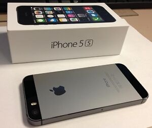 !! iPhone ** 5s --16GB >> *MINT IN BOX >>ROGERS << BLACK / GRAY