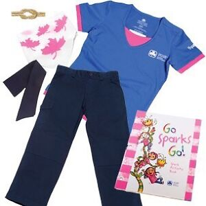 Girl guides sparks uniform and accessories Peterborough Peterborough Area image 1