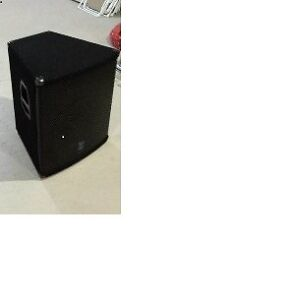 Used Yorkville E404 400 Watt speakers in Mint Condition