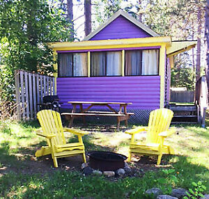 DON'T BE DISAPPOINTED! PURPLE COZY LAKEFRONT
