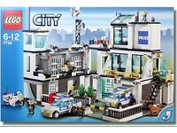 Lego City Police Station Headquarters 7744 - RARE