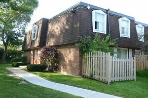 Townhouses in Kitchener! 2 bedrooms available