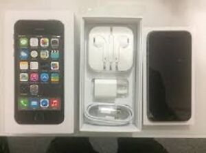 iPhone 5S Grey Like New Rogers Chatr 16 Gb