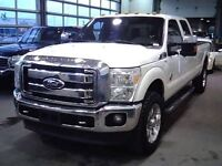 2011 Ford F-250 LARIAT DIESEL 4X4 LEATHER LOADED NAV MOONROOF